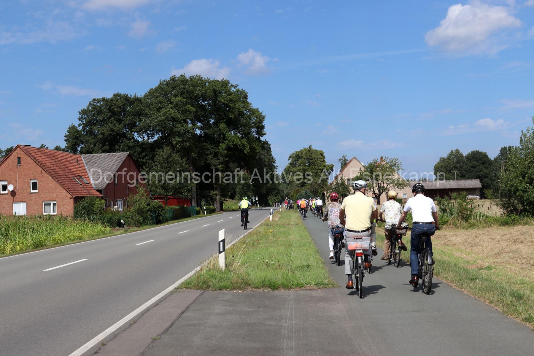 Sommerradtour_Stadtfuehrer_Scharrenbach_10